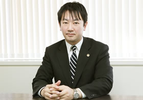 石塚総合法律事務所 代表弁護士